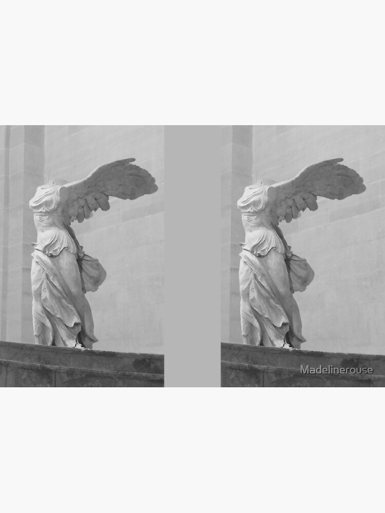Winged Victory of Samothrace by Madelinerouse