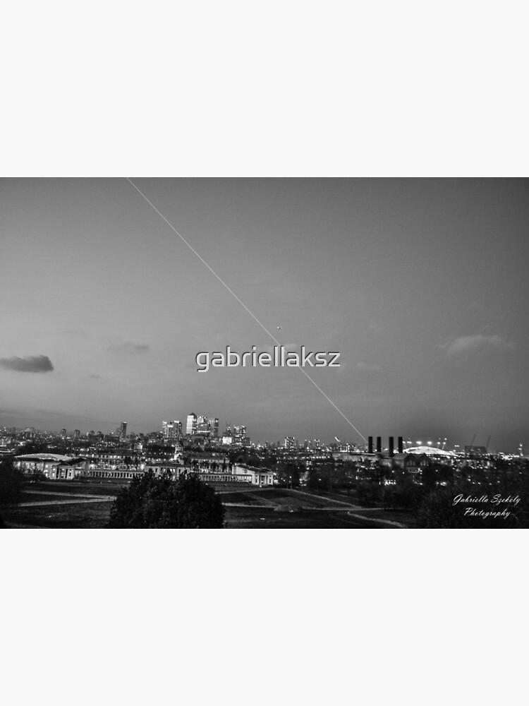 Meridian light in London by gabriellaksz