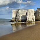 White Cliffs of Broadstairs by chihuahuashower