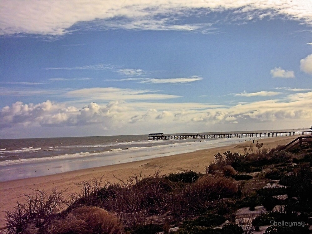 Henley Beach in winter  by Shelleymay