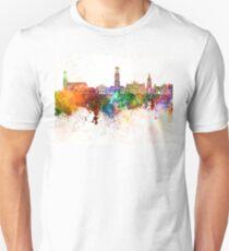 Bruges skyline in watercolor background Unisex T-Shirt