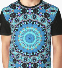 Colorful circle ornament . Kaleidoscope . Graphic T-Shirt