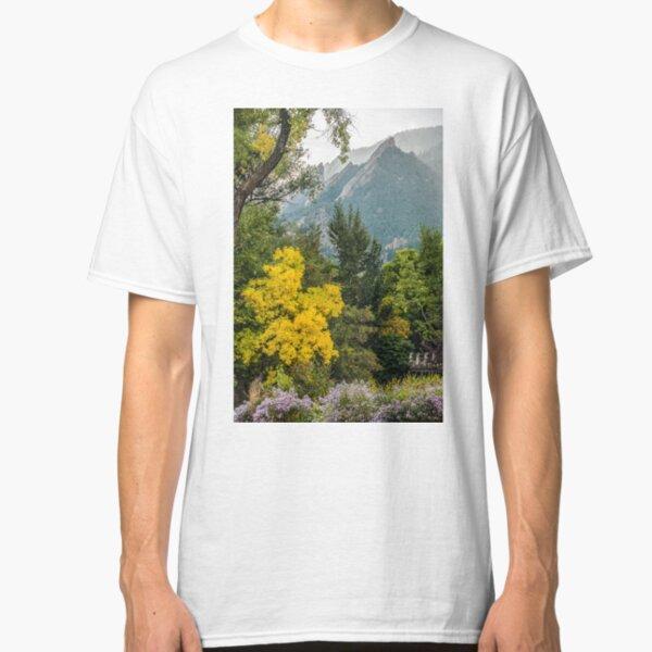 Flatirons Fall Silhoette Classic T-Shirt
