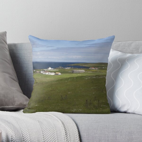 Chalister, Whalsay Throw Pillow