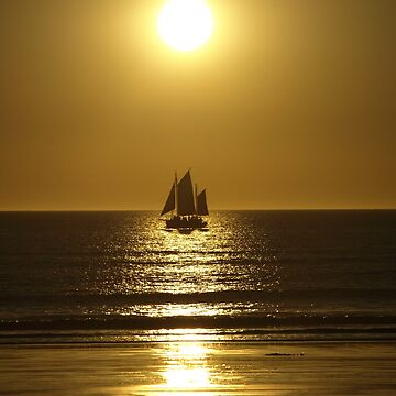 Golden Silhouette of a Pearl Lugger - Cable Beach by CassarrArt