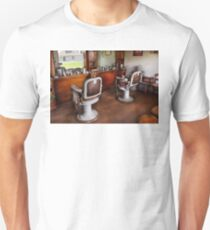 Barber - The Hair Stylist Unisex T-Shirt