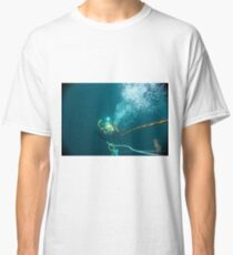 Diver on shot rope reached lazy shot! Classic T-Shirt