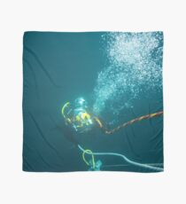 Diver on shot rope reached lazy shot! Scarf