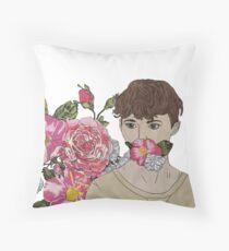 troye sivan w flowers Throw Pillow