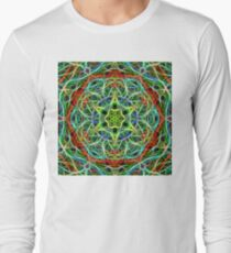 Feathered texture mandala in green and brown T-Shirt