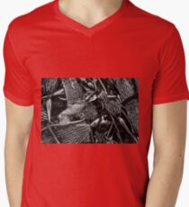 Kelp I BW Mens V-Neck T-Shirt