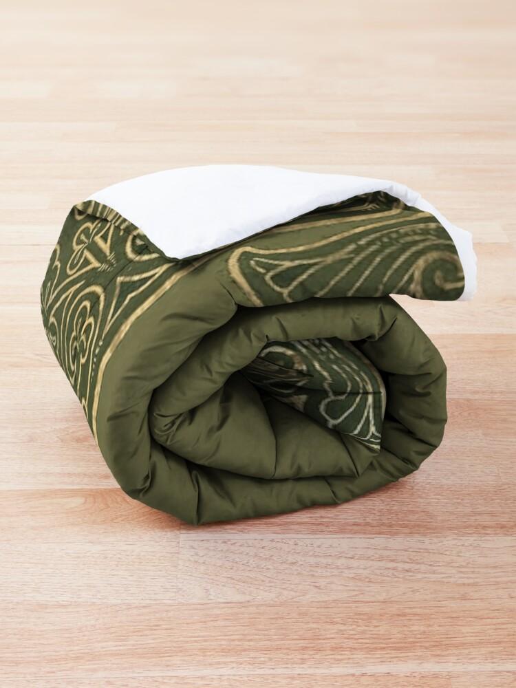 Alternate view of Yule pentagram Comforter