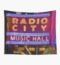 "Pixels Print ""RADIO CITY MUSIC HALL"" Wall Tapestry"
