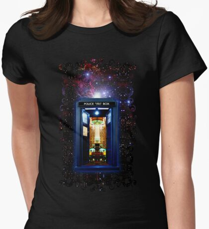 Space And Time traveller Box that More Bigger on the inside Womens Fitted T-Shirt