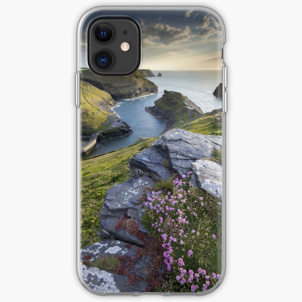 Cornwall : Boscastle Harbour iPhone Case & Cover