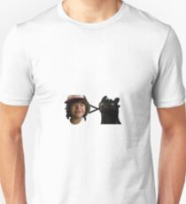 toothless > toothless Unisex T-Shirt