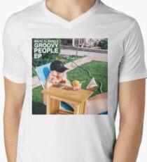 Groovy People Men's V-Neck T-Shirt