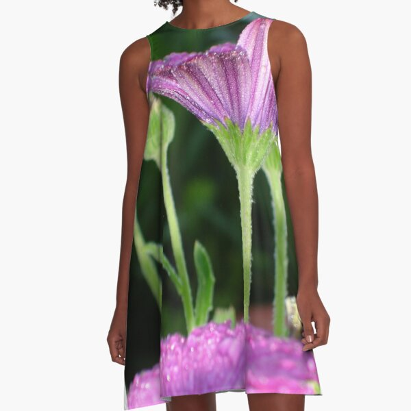 Purple And Pink Daisy Flower in Full Bloom A-Line Dress