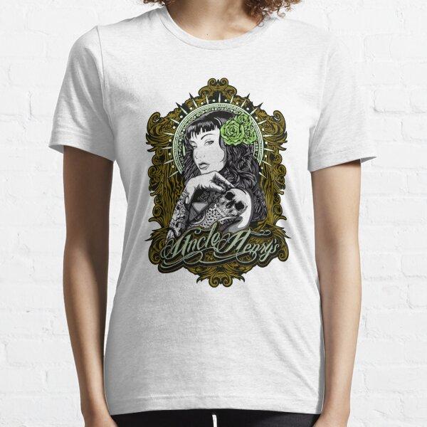 gelbe Version von Onkel Henrys. Essential T-Shirt