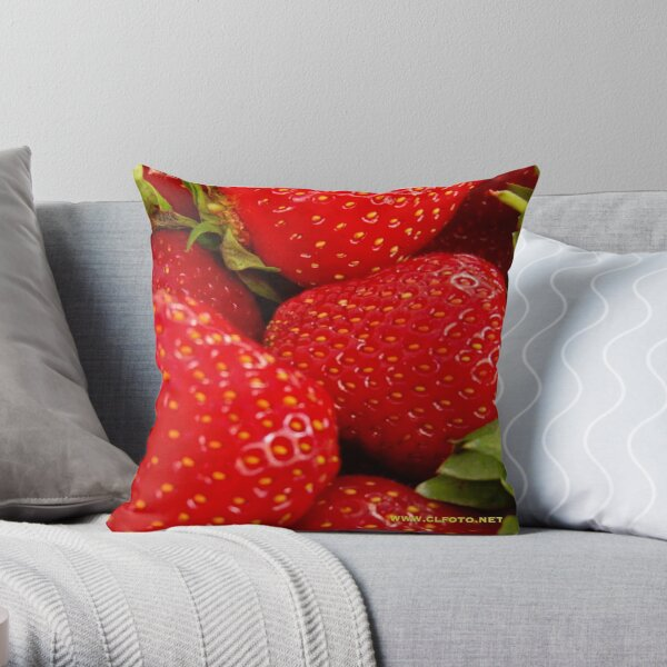 Strawberries! Bolzano/Bozen, Italy Throw Pillow