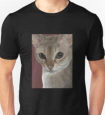 Singapura cat portrait Unisex T-Shirt