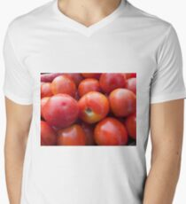 A pile of luscious bright red tomatoes Men's V-Neck T-Shirt