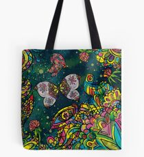 Sommerwiese bei Nacht Tote Bag