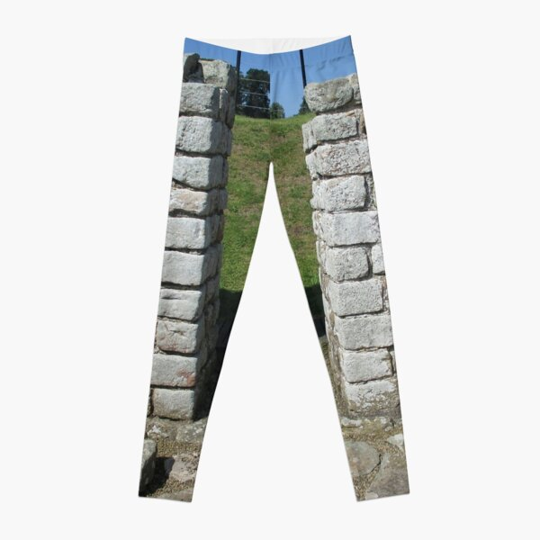 M.I. #122  ☼  Rocks And Bricks - Shot 15 (Hadrian's Wall) Leggings