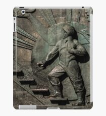 Monument to the conquerors of space iPad Case/Skin