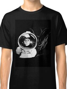 Ripley and the Beast Classic T-Shirt