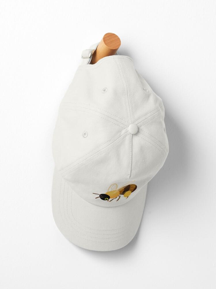 Alternate view of Honey bees Cap