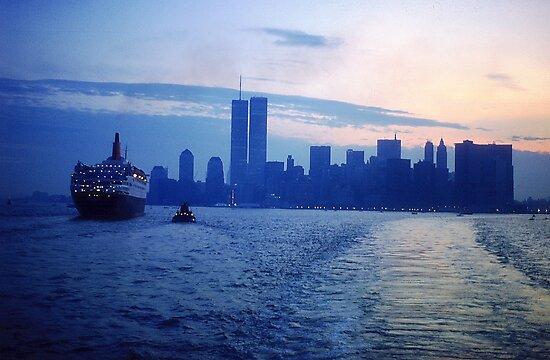 New York City Dawn by Alberto  DeJesus