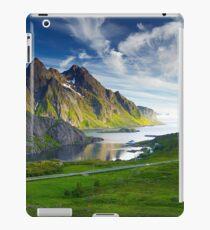 Icelandic Moutains iPad Case/Skin