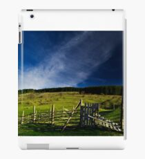 Rural landscape iPad-Hülle & Klebefolie