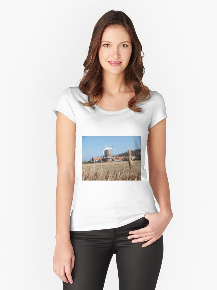 Cley Windmill from the reeds Women's Fitted Scoop T-Shirt Front