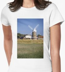 Stunning Panorama of Cley Windmill Women's Fitted T-Shirt