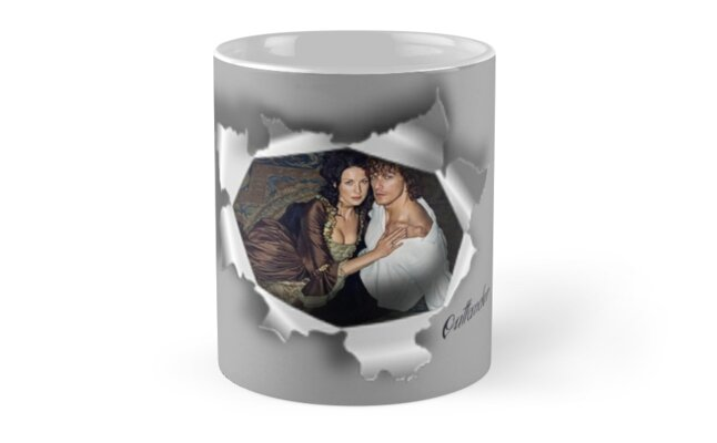Jamie & Claire in paper tear frame.\