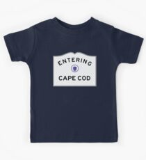 Entering CAPE COD - Commonwealth of Massachusetts Road Sign Kids Tee
