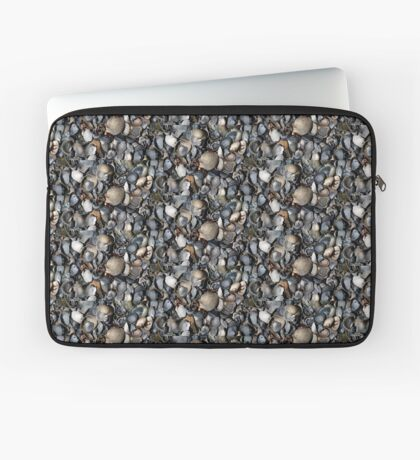 Shells. II Laptop Sleeve