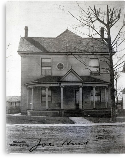 Joe Hunt's House, Mayfield, Graves County, Kentucky by Don A. Howell