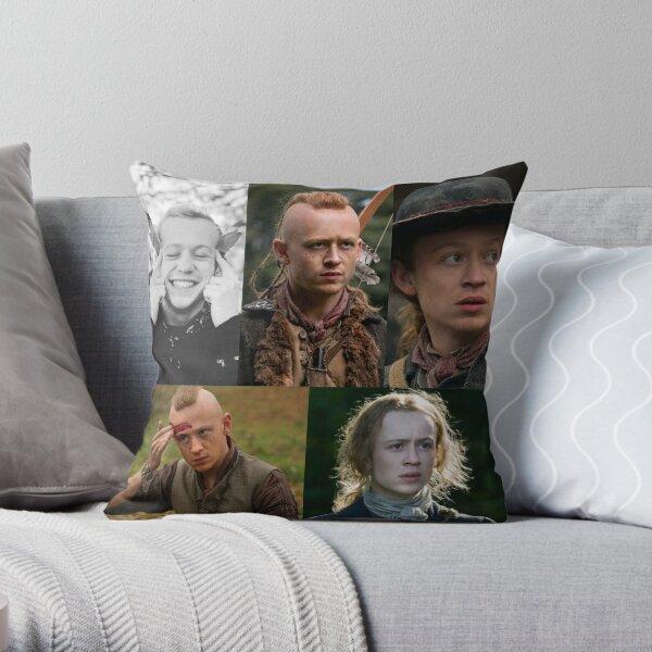John bell - Outlander Throw Pillow