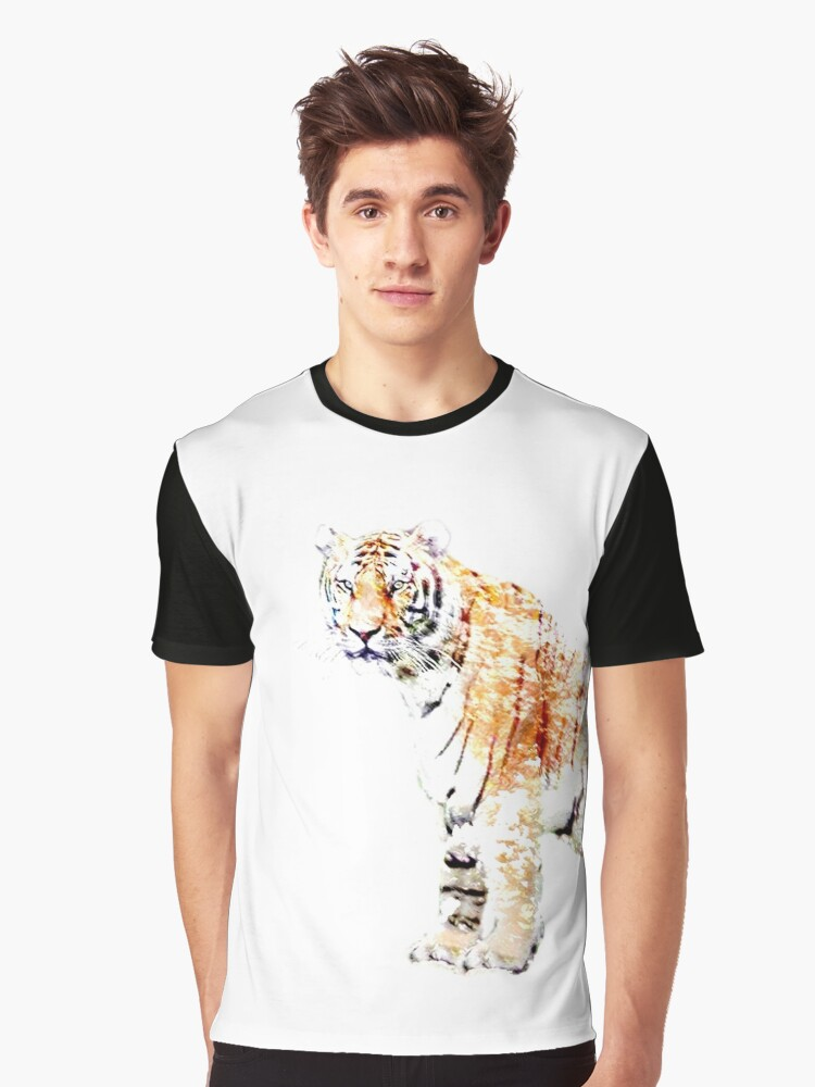 Tiger in winter Graphic T-Shirt Front