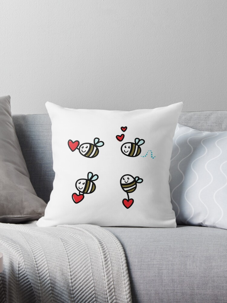 Doodle flying bee set : original hand-drawn illustration by Bee and Glow Illustrations Shop