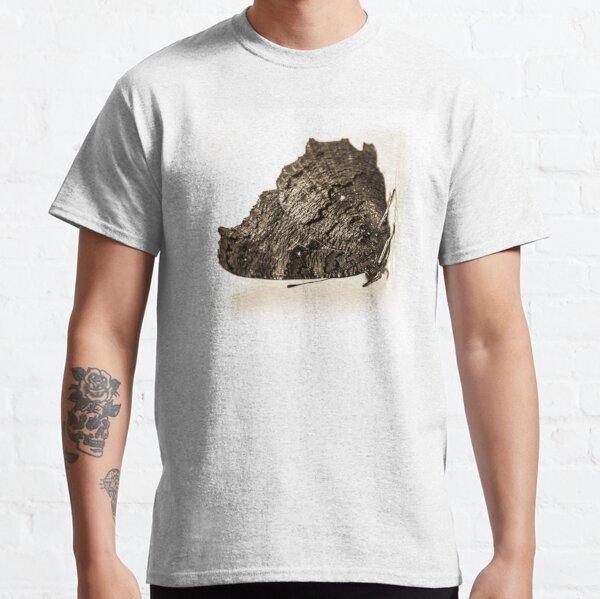 butterfly b&w Classic T-Shirt