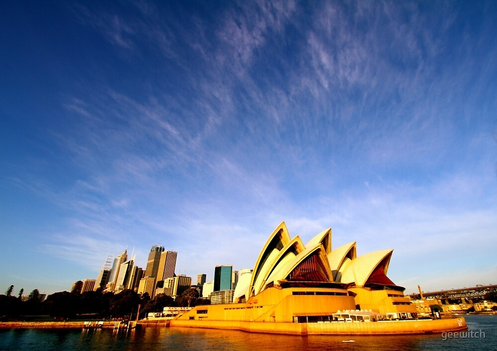 Sydney Opera House (early morning light) by geewitch