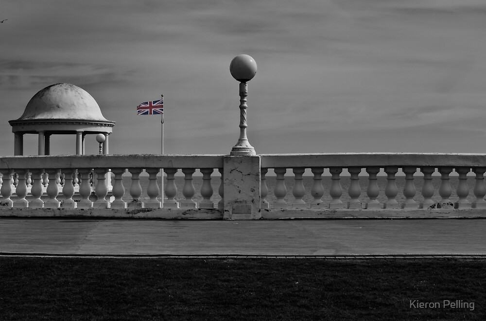 Bexhill Seafront by Kieron Pelling
