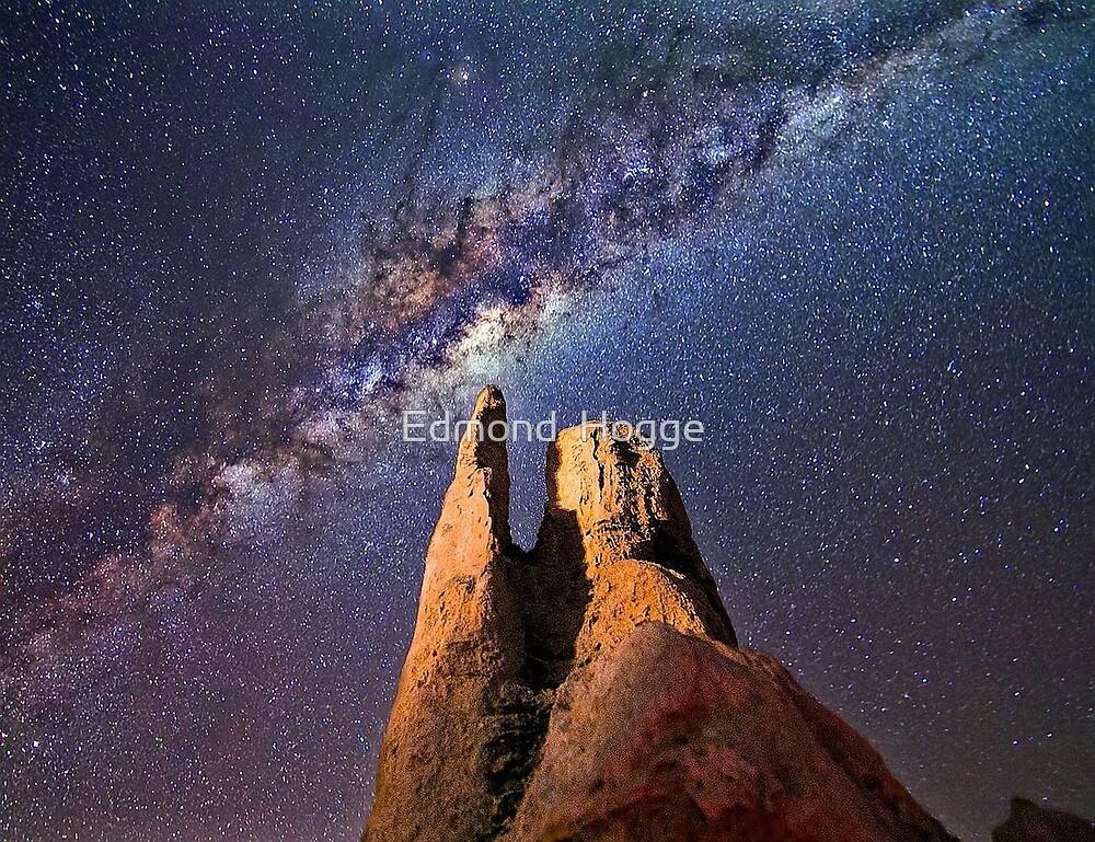 Milky Way Galaxy by Edmond  Hogge