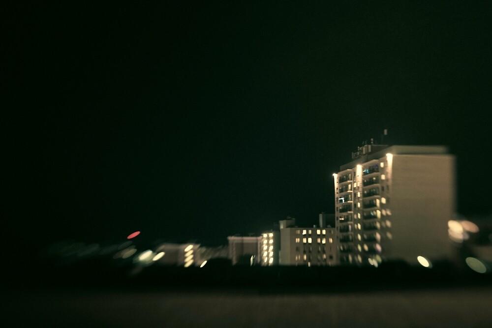 Daze 13 by Alex Vavreck