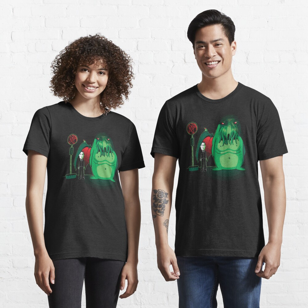 Cthulhu Waits Essential T-Shirt