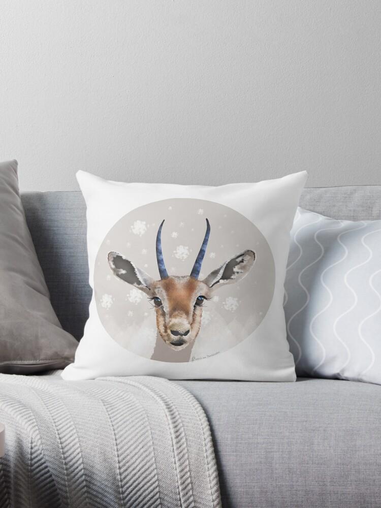 Savanna Gazelle by patriciasanjuan